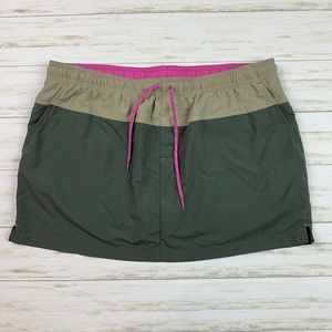 Women's Columbia Skort Size Large